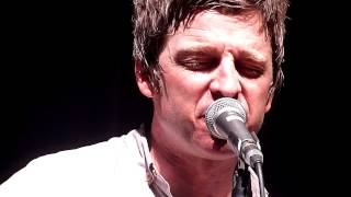 Noel Gallagher - Angel Child Live (Shepherds Bush Empire) HD