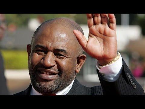 Azali Assoumani sworn-in as Comoros president