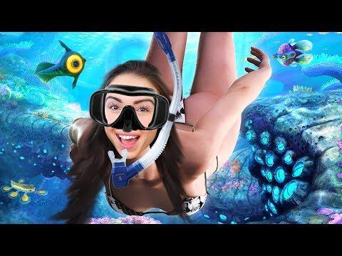 STRANDED IN THE OCEAN!! - Subnautica (Part 1)