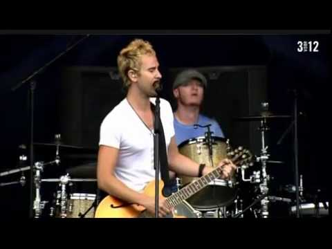 Lifehouse - Take Me Away  live (pinkpop 2011)