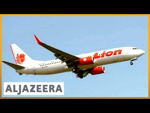 Pesawat Indonesia Jatuh Ke Perairan Jakarta