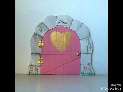 Las puertas del ratoncito p rez youtube for Puertas ratoncito perez baratas