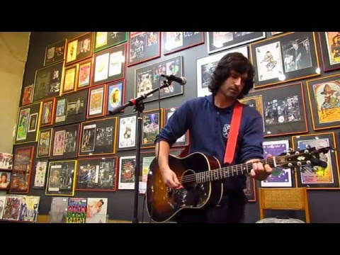 """Pete Yorn live at Twist & Shout """"Suedehead"""" - Morrissey cover"""