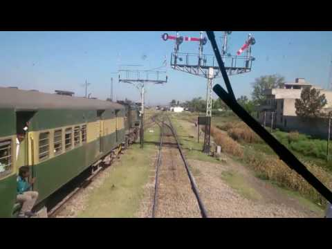 Pakistan Railway Trainz Parallel Action Compilation Part 1 || Race Between Trains.