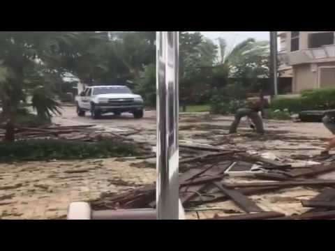 Hurricane Matthew Hits Florida 10/06/16 | Tornadoes Caught On Camera | Tornadoes Caught On Tape