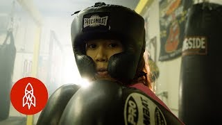 The Teenage Women Changing the Face of Boxing