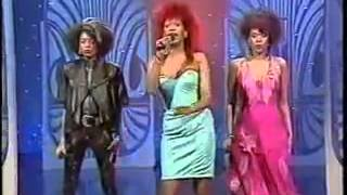 "The Pointer Sisters - ""Hey You"" + Interview"