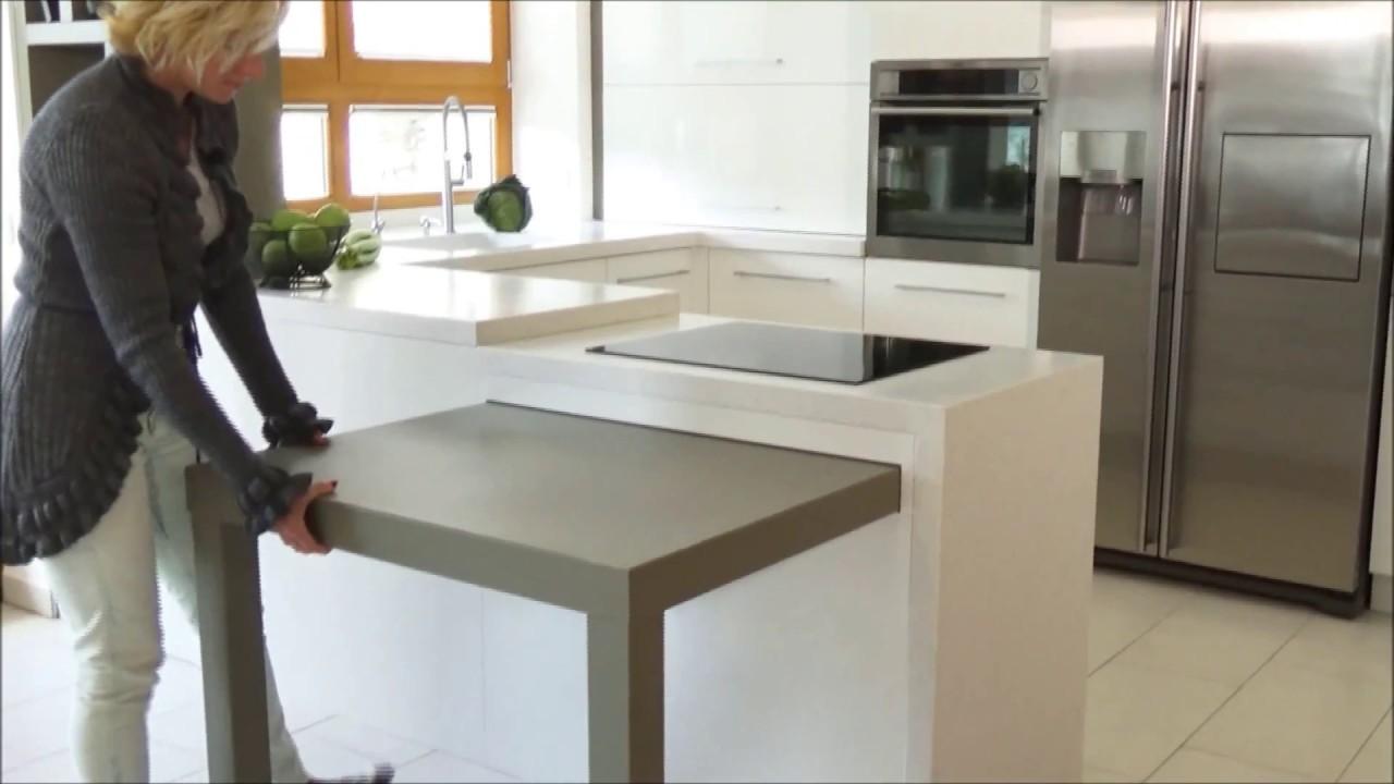 Magasfényű modern konyha: A testre szabott praktikus elegancia ...