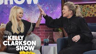 Kristin Chenoweth  Kelly Clarkson Put On An Impromptu MidInterview Musical