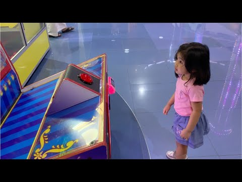 Lia Play At The Play Zone In Deerfields Mall