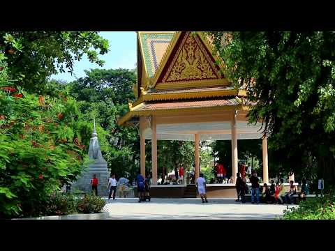 Wat Phnom Park, Phnom Penh, The Capital of Cambodia, Asian Travel and Tours