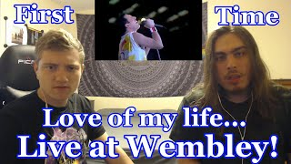 """Baixar College Students' FIRST TIME Hearing """"Love of my life"""" Live at Wembley 