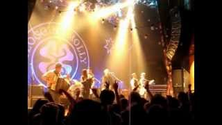 Flogging Molly Whistles the wind Live - Whistles the wind Live Flogging Molly.