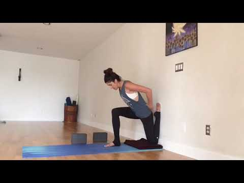 yoga stretches for opening hip flexors/low back  eka pada