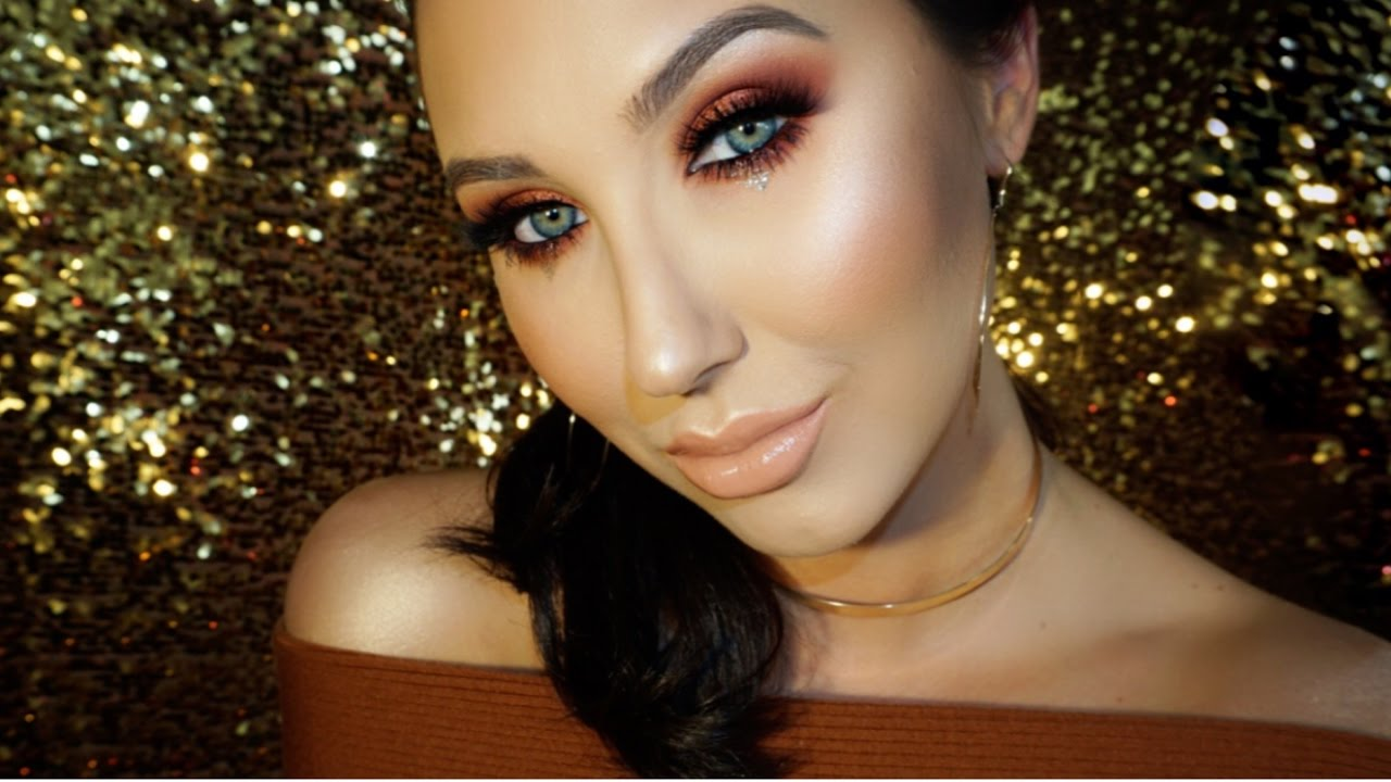 copper-red-smokey-eye-with-gold-glitter-tears-jaclyn-hill