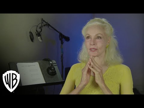 Julie Newmar discusses the fan reaction to her Catwoman - YouTube