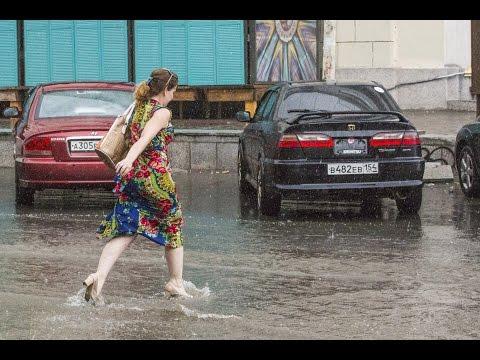 Ливень в Новосибирске. Площадь Ленина. 18 июля 2016