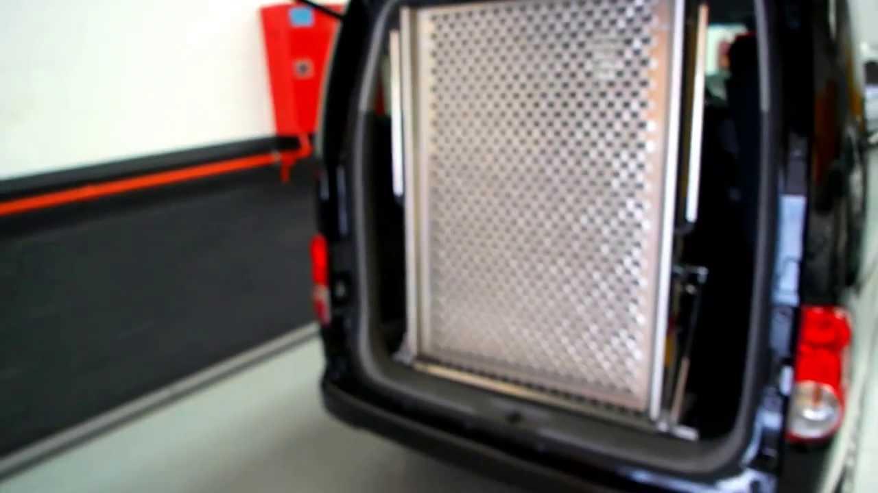 Rampa manual para silla de ruedas en nissan nv200 youtube - Ruedas para muebles ...