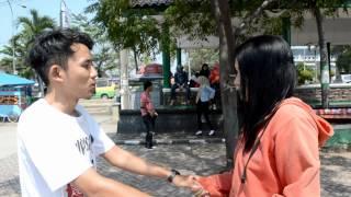 Repeat youtube video Iklan Parfum AXE (episode 2)