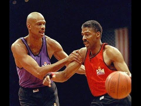 Kareem Abdul-Jabbar vs Julius Erving (CLASH of the Legends)