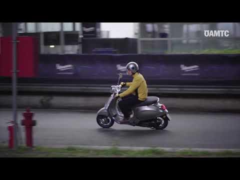 Chạy thử xe máy điện Vespa Elettrica