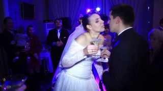Весёлый свадебный- плющит,тащит...