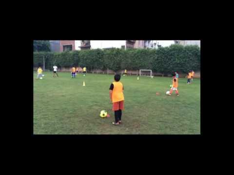 IOT - Arsenal Soccer Schools Ball Control Training