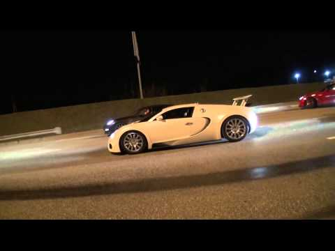 Bugatti Veyron on Russian Highway vs Supersportcars