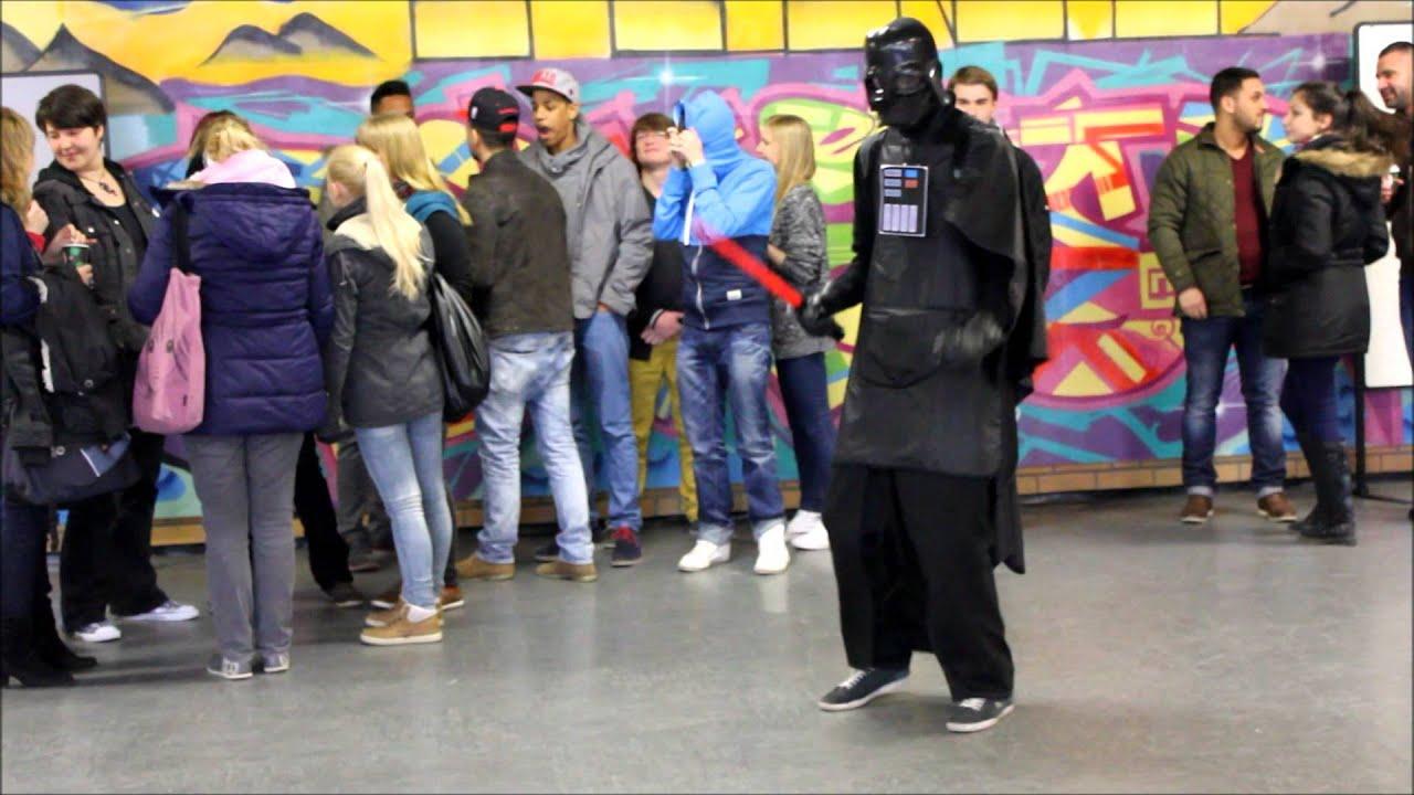 Harlem Shake Kindheitshelden an der besten Europaschule