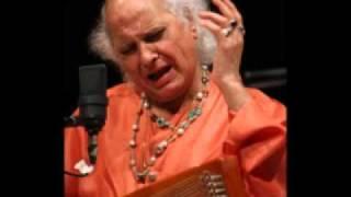 Pandit Jasraj Pandit Jasraj sings raag Darbari kanada.