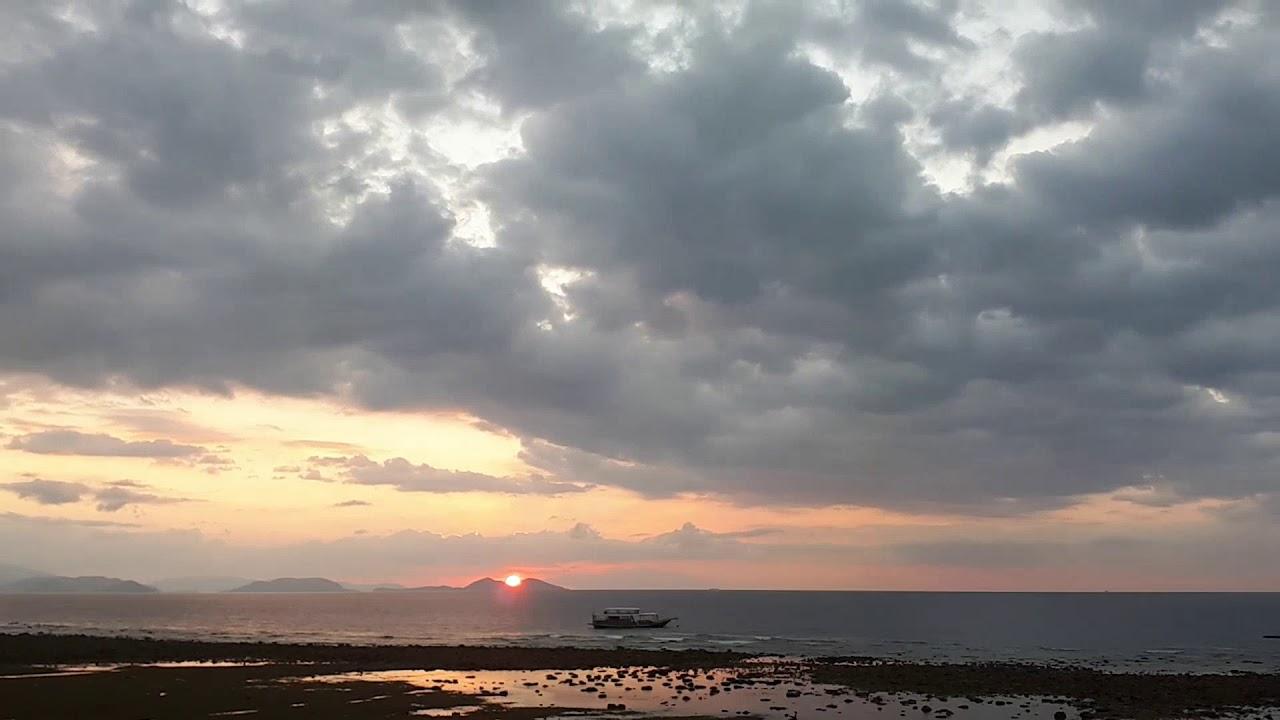 Sebayu Island, Flores,Indonesia sunset - YouTube