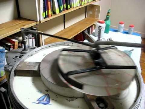 Machine pour creuser un miroir de 300 mm youtube for Miroir pour telescope