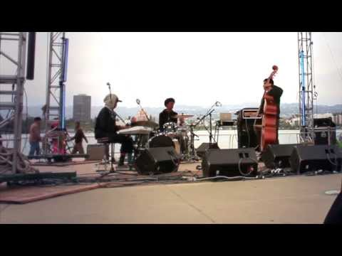 Oakland Future Trio - Footprints (Eastlake Music Festival)