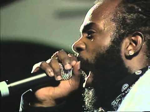 Bunji Garlin - Blaze De Fire(Soca Monarch 2005 Performance
