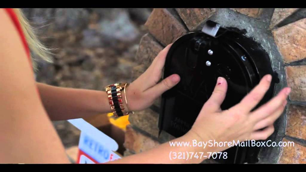 How to Replace a Brick Mailbox Door - YouTube