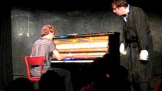 Gonzales et Aurélien Faou: take me to broadway au piano