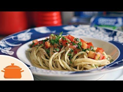 Espaguete com Molho de Limão e Sardinha - Receita Fácil