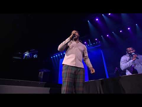 JAHEIM PERFORMS FINDING MY WAY BACK AT STEVE HARVEY'S NEIGHBORHOOD AWARDS
