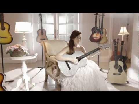 Meutia Cut - TERSERAH Official Video)
