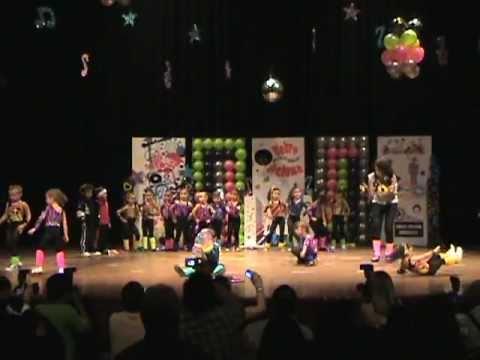 Acto de fin de a o escolar la orchila 2011 youtube - Fin de ano en toledo ...