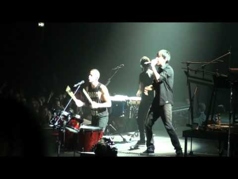 Linkin Park - 06 - Empty Spaces / When They Come For Me (Berlin 20.10.2010)