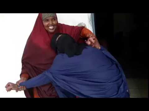 Yaab Daawo Naag 15 Jin u adeegsatay Naag kale oo lala qabo - Video