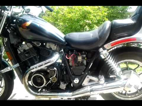hqdefault 1985 honda shadow vt700c changing the stator youtube honda shadow 1100 fuse box screws at gsmx.co