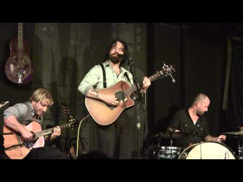 Sean Rowe - The Walker - Live at McCabe's