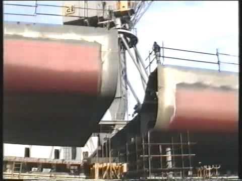 Cantiere Navale Luigi Orlando.  Varo della motonave Monte Bello, Livorno 10 giugno 1997
