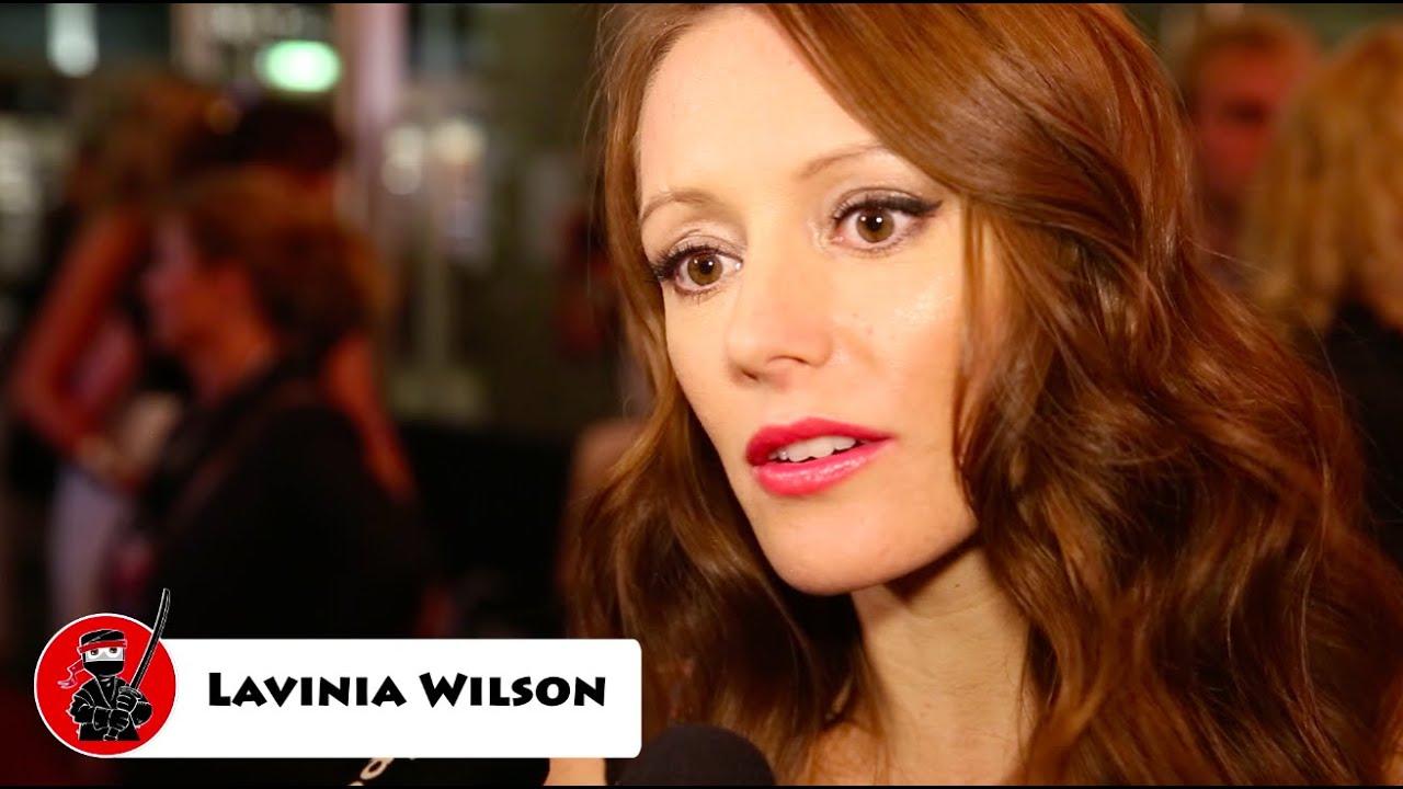 Serien Ninja trifft: Lavinia Wilson - YouTube