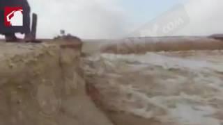 بالفيديو.. السيول تحول صحراء واحة الداخلة إلى ''نهر جارف''