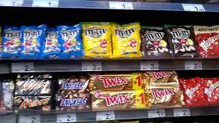 Цена шоколадных конфет в Испании.