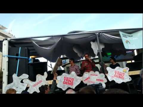 Kultur Tanz Demo Frankfurt - Motte