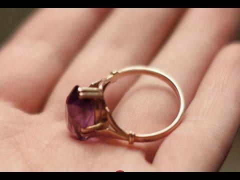 Золотое кольцо с крупным рубином и бриллиантами - YouTube